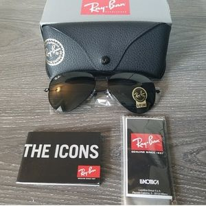 RAY-BAN AVIATOR BLACK AUTHENTIC!!